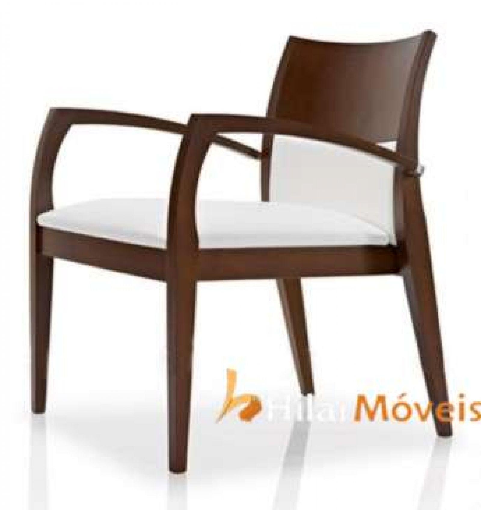 Cadeira com Braços